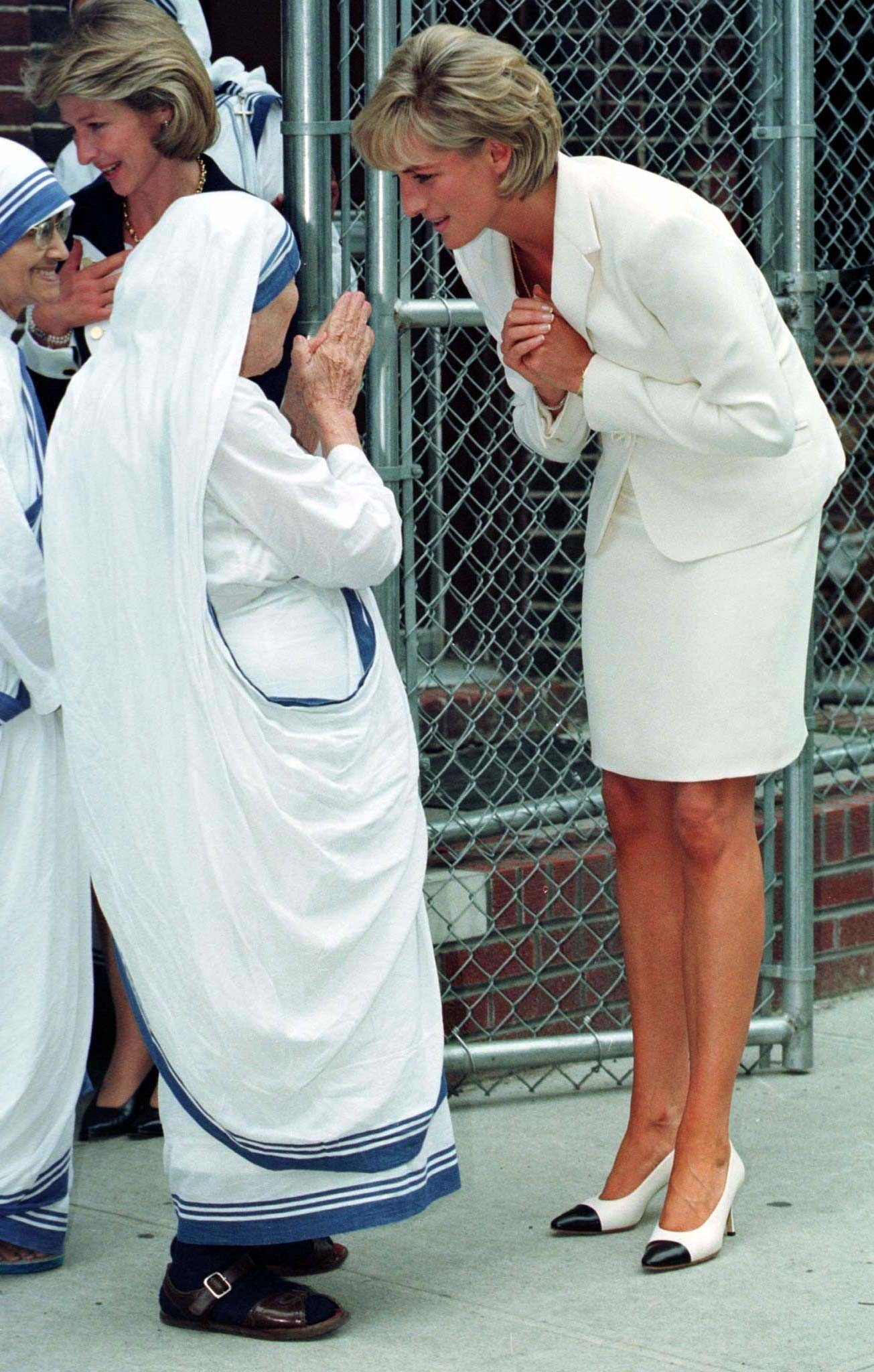 The Rebel Princess Diana-Princess-of-Wales-and-Mother-Teresa-land ...