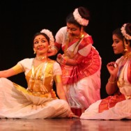 Paryapti by Vijaylakshmi and troupe (2)