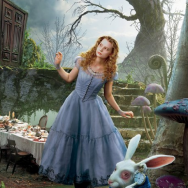 Alice-Wonderland-Movie-Clothes